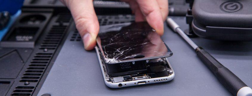 iPhone screen replacement repair Brighton